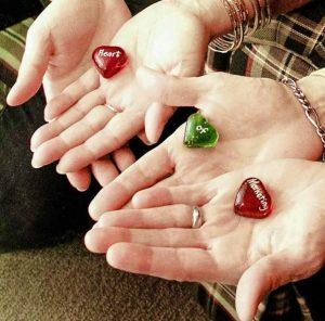 heart-of-marketing-hands
